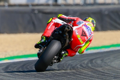 29-andrea-iannone-ita_gp_3055_gallery_full_top_lg.jpg