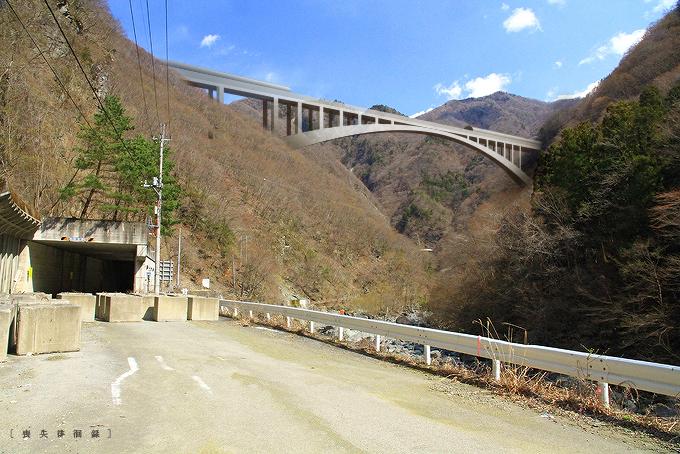 リニア山梨県早川橋梁完成予想図1603hayakawab01.jpg