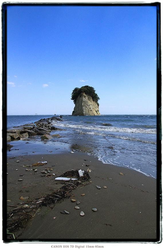 見附島、通称軍艦島1605gw0115.jpg
