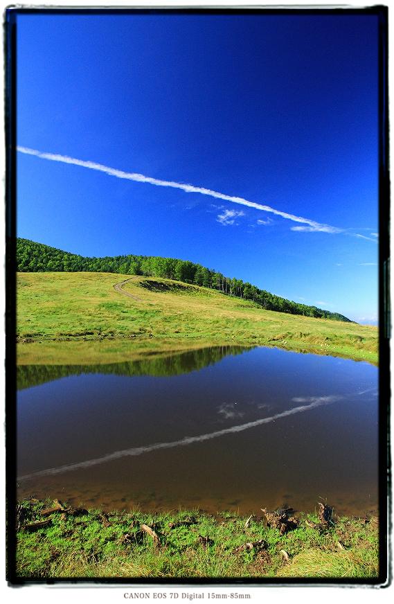 長野県大鹿村天空の池1607ooshika019.jpg