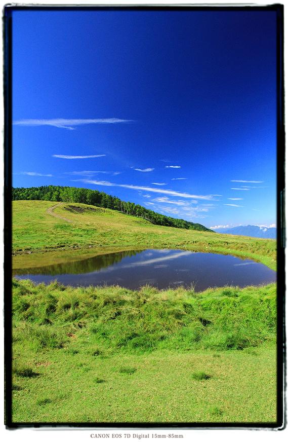 長野県大鹿村天空の池1607ooshika020.jpg