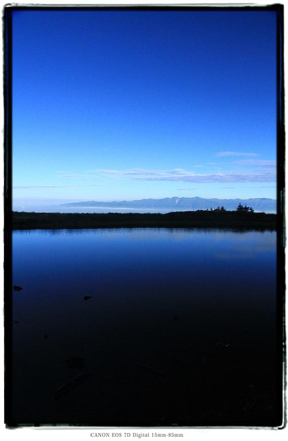 長野県大鹿村天空の池1607ooshika04.jpg