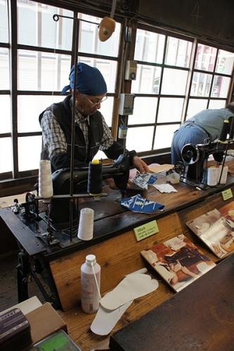 160508_藍染め足袋デザインコンテスト_足袋づくり06