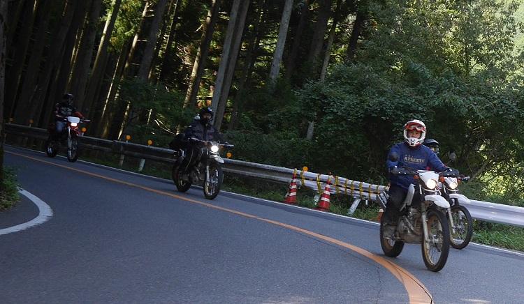 沢ノ池周辺林道ツーリング1610-015b