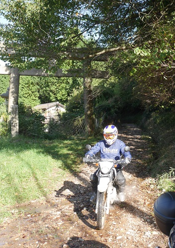 沢ノ池周辺林道ツーリング1610-032b