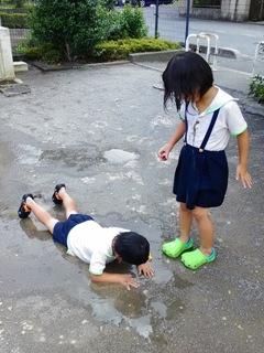 ブログ2 0820水遊び (1)