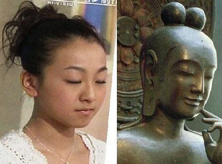 真央ちゃんと菩薩像