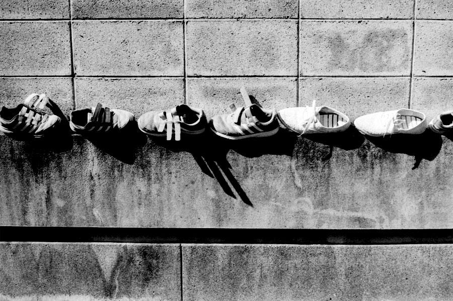 連鎖する靴