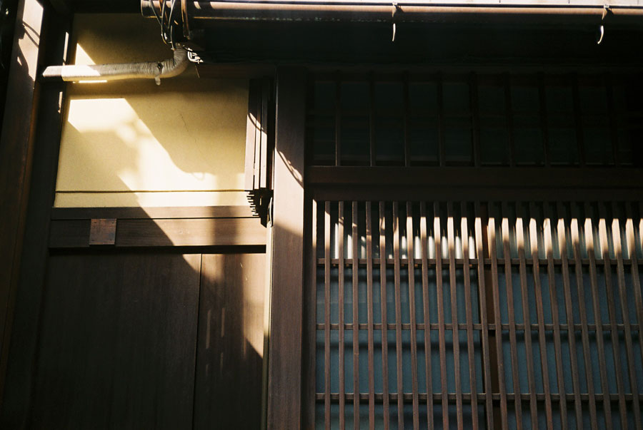 光さす祇園