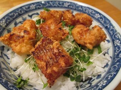 オニカサゴの唐揚丼2