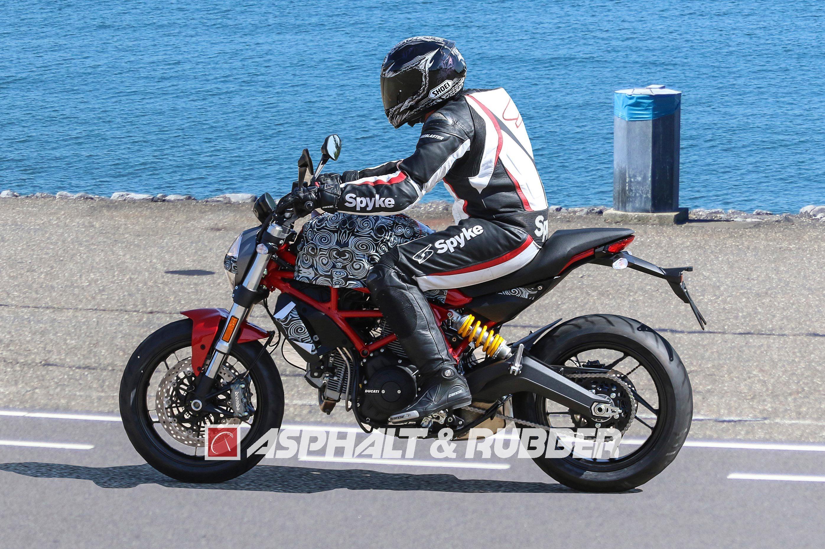 20160826_2017-Ducati-Monster-803-air-cooled.jpg