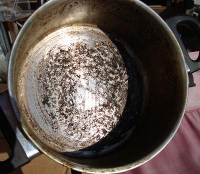 鍋の焦げ2
