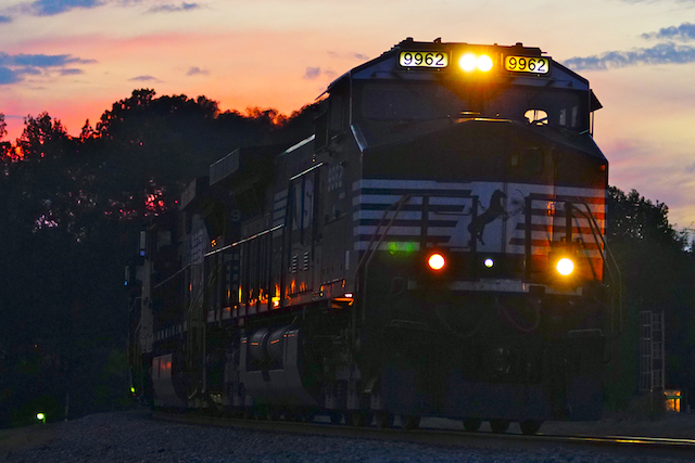 Noc0116NS9962 sunset Irondale1