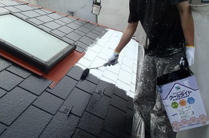 みらい住建 リフォーム 屋根塗装 中塗り 塗布中④n