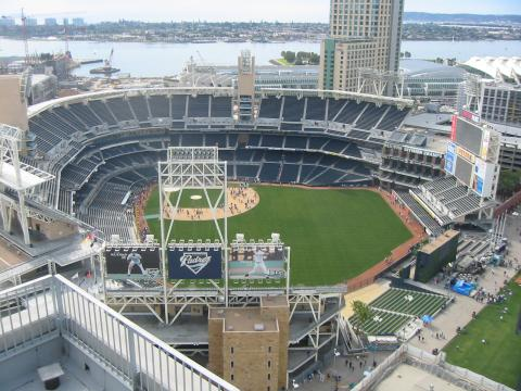 Petco_Park_from_above_convert_20160606194910.jpg