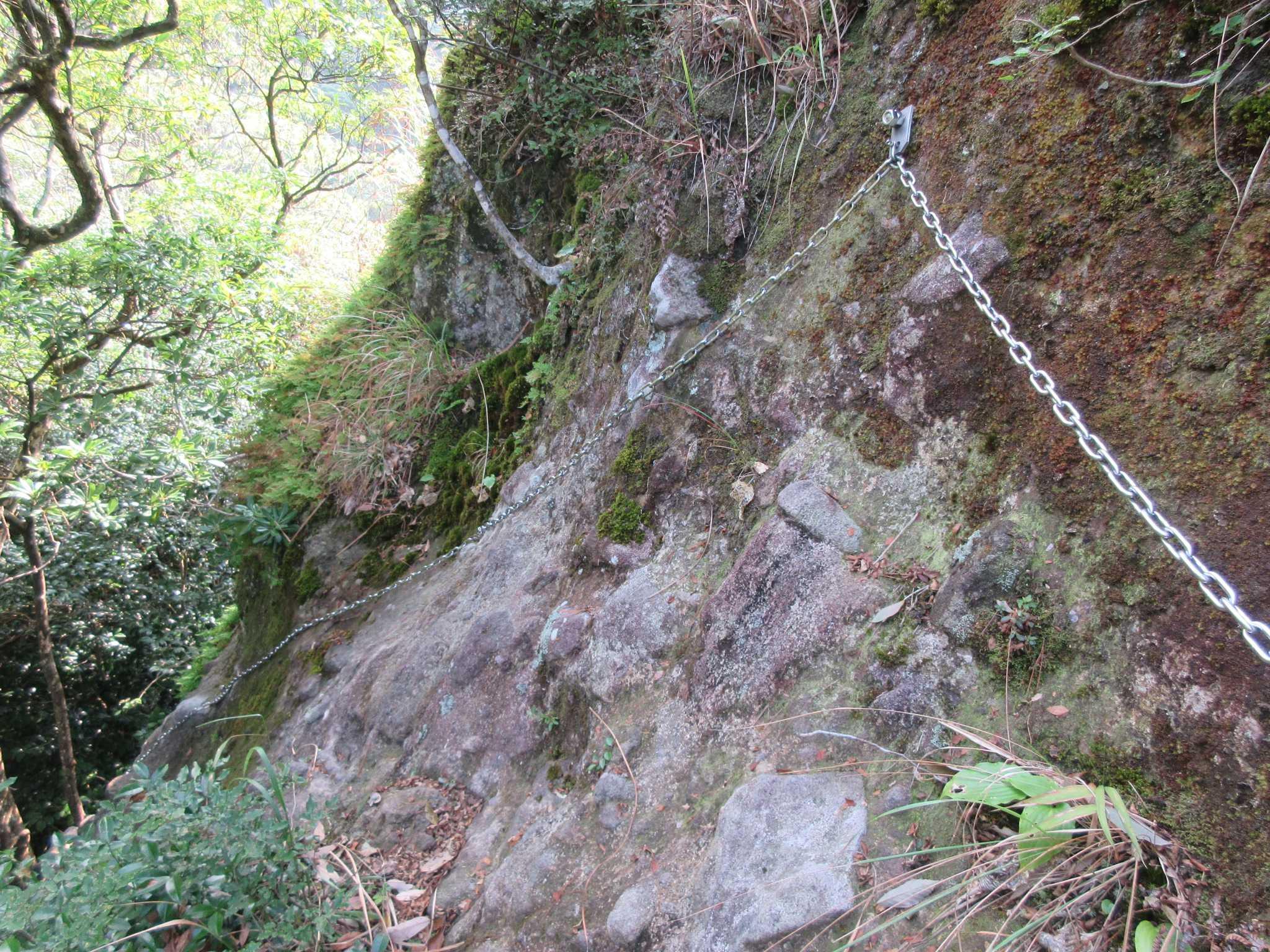 IMG4855JPG岩場のトラバース