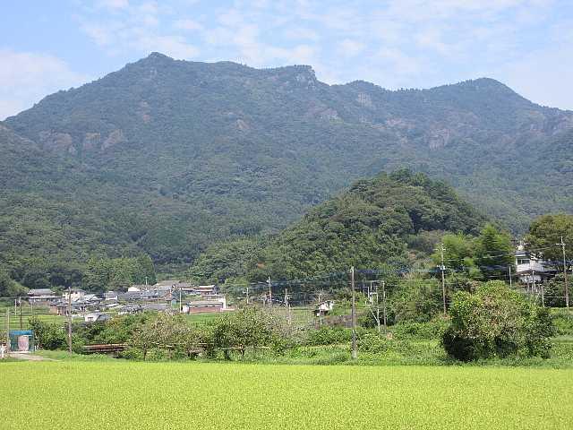 IMG4955JPG松尾より津波戸山を振り返る