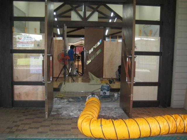 玄関改修工事3