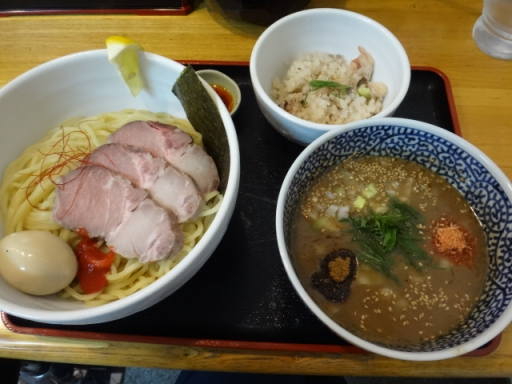 濃厚ソルト(豚骨魚介)