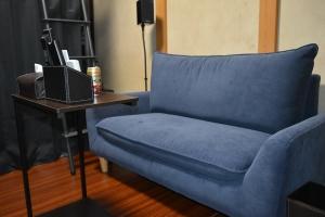 新しい部屋ソファとサイドテーブル2