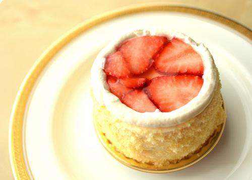 【ケーキ】イル・プルー「デズィールローズ」 (2)