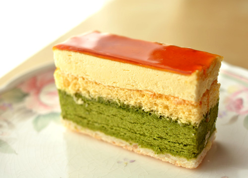 【ケーキ】イル・プルー「抹茶とオレンジの心軽やかなムース」 (1)