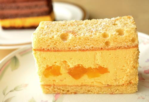 【ケーキ】茂右衛門「パイナップルのショートケーキ」 (2)