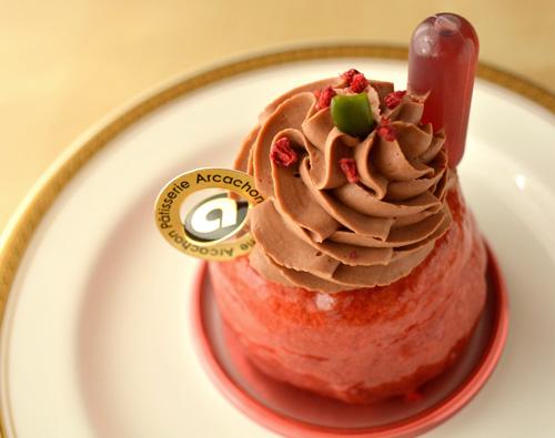 【ケーキ】アルカション「ババ・オ・フランボワーズ」 (2)