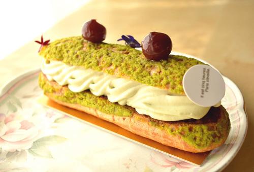 【ケーキ】パリセヴェイユ「エクレールプランタニエ」)