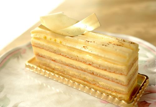 【ケーキ】リョウラ「オペラバニーユ」 (1)