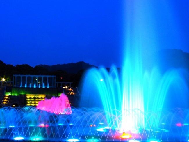 須磨離宮公園 噴水広場 メインフォール ライトアップ