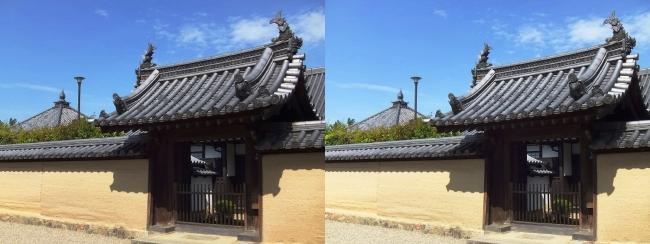 法隆寺 宝光院門と輪堂(平行法)