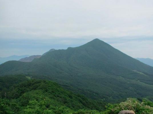 猫魔ヶ岳からの磐梯山