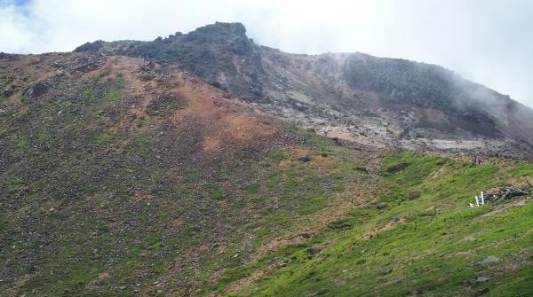 峰の茶屋から茶臼岳を仰ぐ