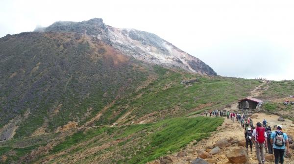 峰の茶屋は通過