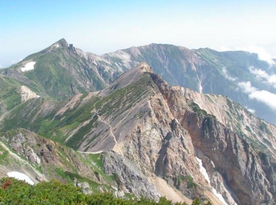 白馬鑓ヶ岳より白馬岳を望む