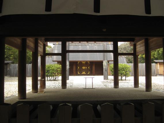 熱田神宮・本殿16