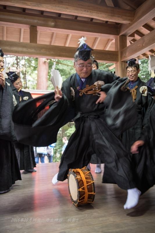 3-20161016丹生神社 秋祭り ヨコトビ