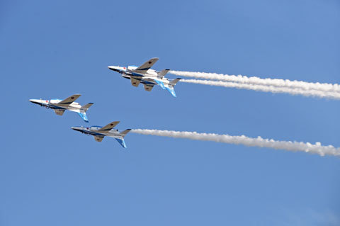 BlueImpulse7_110416