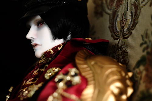 「帝都物語」の加藤保憲としてお迎えした、Ring Doll、Dracula Style-Bをスタジオ・クラウンさんに連れて行きました