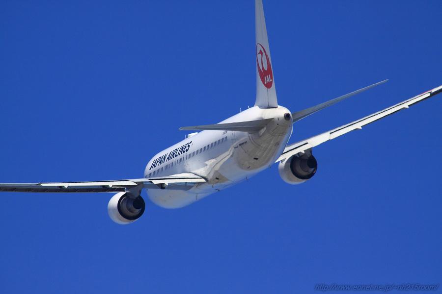 JAL B767-346ER / JA602J@RWY14Rエンド・猪名川土手