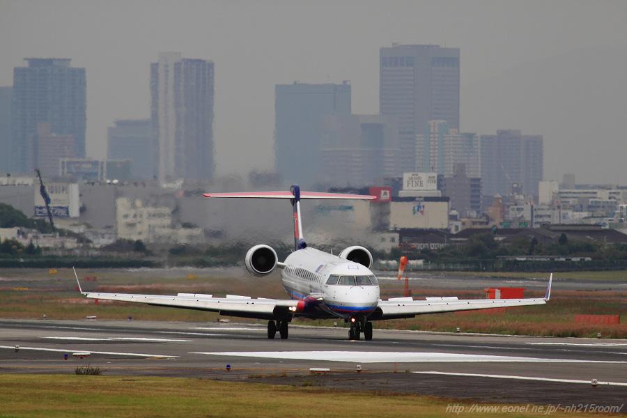 IBX CRJ-702ER / JA12RJ@エアフロントオアシス下河原沿道