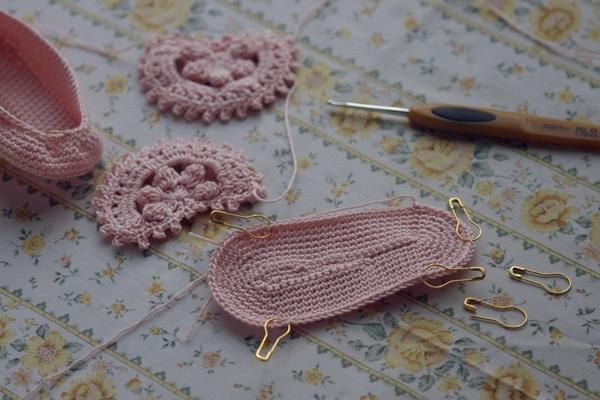 babyshoes_pink3.jpg