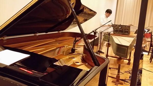 2016105ピアノからの眺め