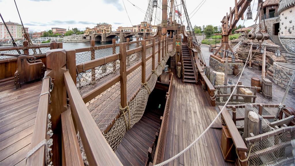 三層甲板(ルネサンス号)
