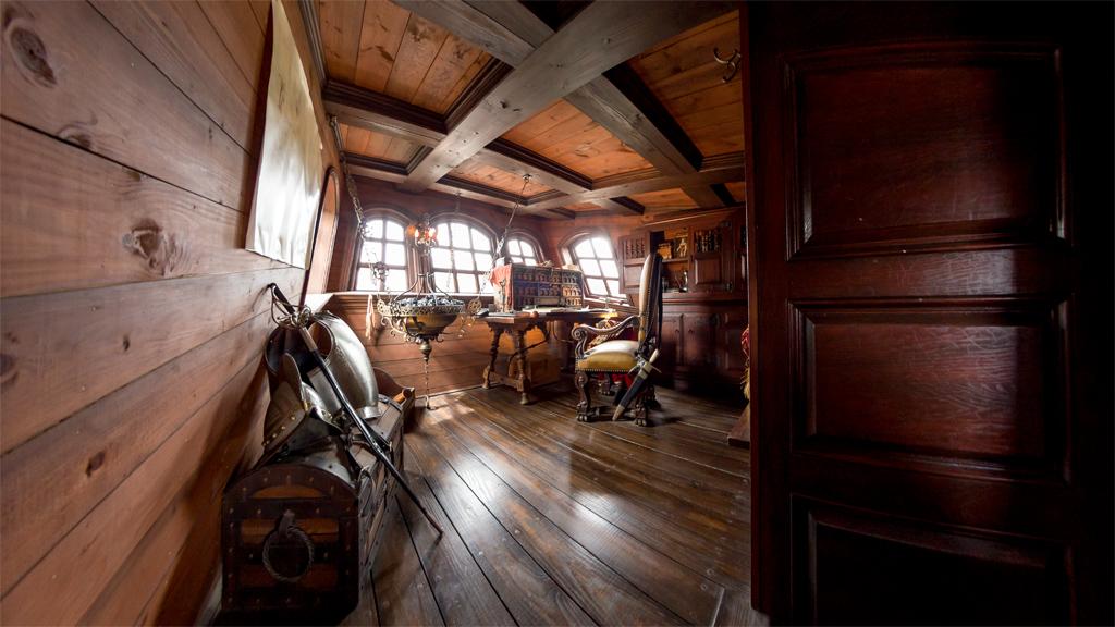船長室(ルネサンス号)
