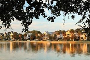 水辺のチャールストン