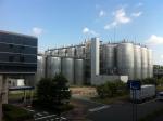 160902 (182)アサヒビール名古屋工場_2種の屋外タンク