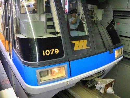 IMG_7998 東京モノレール1079