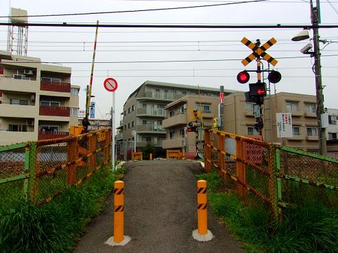 横浜線の森野踏切@町田市a